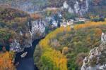 Река Искър и Черепишкият манастир.