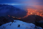 Зимна вечер. Поглед от връх Марков камък към проход Вратцата и гр. Враца.