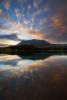 Воден свят. Тодорин връх се оглежда във водите на Муратово езеро. Пирин планина