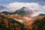 Есен над град Смолян. Родопа планина