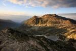 Пирин планина. Поглед от връх Валявишки чукар към Голямото Валявишко езеро и Полежанското странично било.