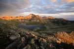 Поглед от връх Валявишки чукар към Тевно езеро и Каменишката орда :-)