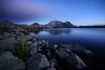 Нощта настъпва над Тевно езеро. Пирин планина.