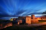 Синият час след залез. Средновековна крепост Баба Вида.